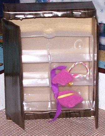 Как сделать сказочный домик из картона своими